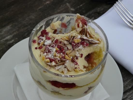 Amberley, New Zealand: Sicilian trifle