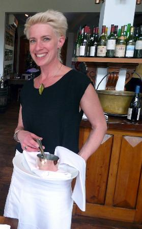 Amberley, New Zealand: The Maitre d' with the mostest - Sydney needs her!!!
