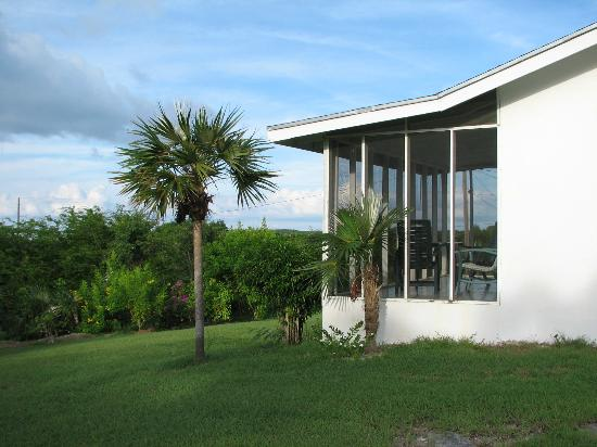 Exuma Vacation Cottages: screened patio