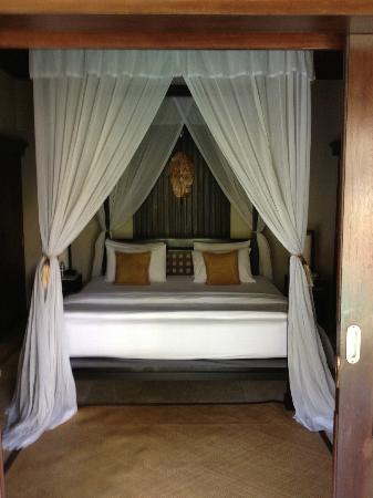 The Ulin Villas & Spa: Bed