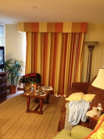 Homewood Suites by Hilton La Quinta: Rooms have sitting areas separate from bed