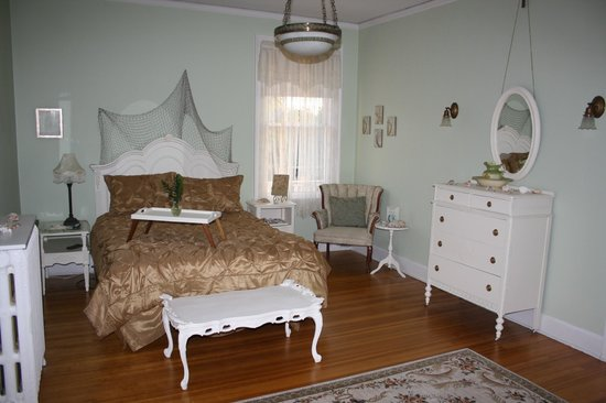 Bayside Bed and Breakfast: Zimmer mit Doppelbett - Bad ber Flur erreichbar