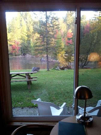 Gates Au Sable Lodge: The AuSable River from our room at the Gates AuSable River Lodge