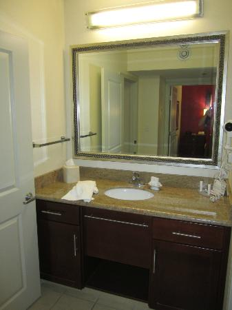Residence Inn Marriott Lafayette: Bathroom
