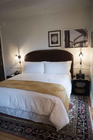 The NoMad Hotel: bed