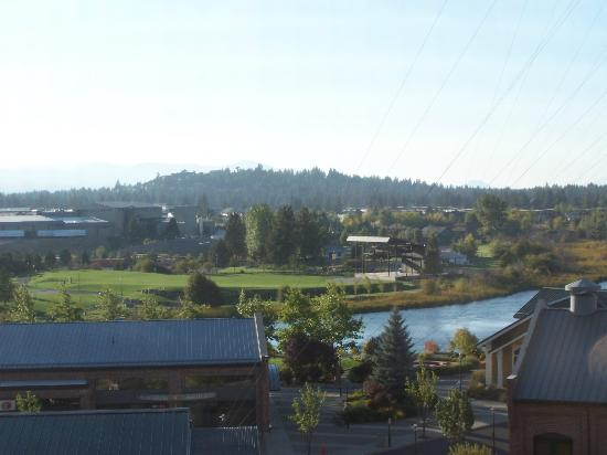 Hilton Garden Inn Bend: 3rd floor - river view