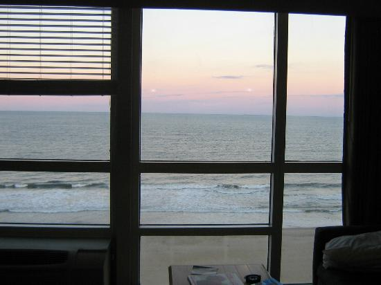 Boardwalk Resort Hotel and Villas: View from inside the room