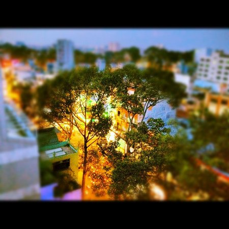 Thien Thao Hotel Ho Chi Minh City: Top view at night