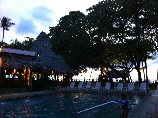 Hotel Tamarindo Diria Beach Resort: Pool area
