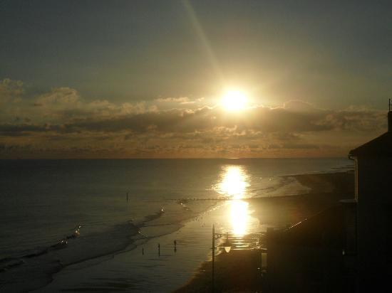 Cromer, UK: Sunrisefrom room 36
