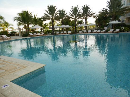 Seven Stars Resort: Pool