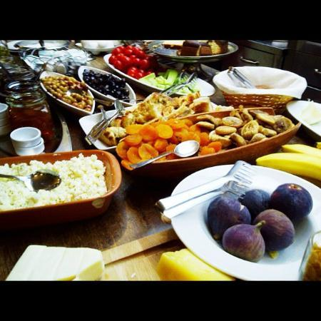 Ibrahim Pasha Hotel: the breakfast spread at the hotel