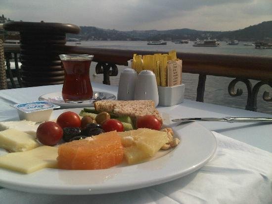 Terrace and breakfast picture of bebek hotel for Terrace hotel breakfast