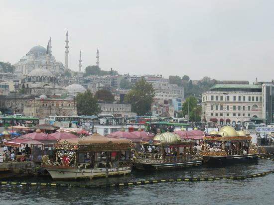 Marti Apartments: From Galata bridge to old city centre