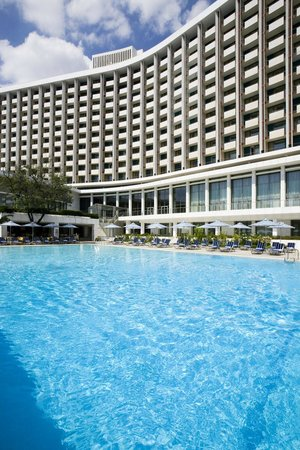 Hilton Athens: Outdoor Pool