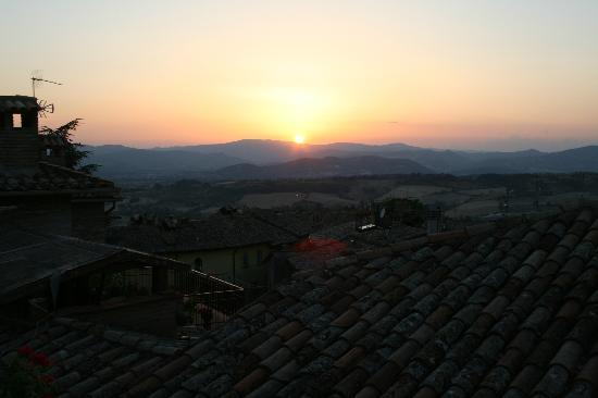 Hotel La Locanda del Capitano: Sunset from our terrace