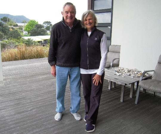 Houhora Lodge & Bed & Breakfast: Bruce and Jackie