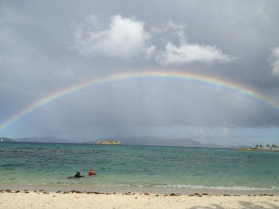 Crystal Cove Beach Resort on Sapphire Bay: Rainbow