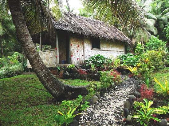 Tanna Iwaru Beach Bungalows
