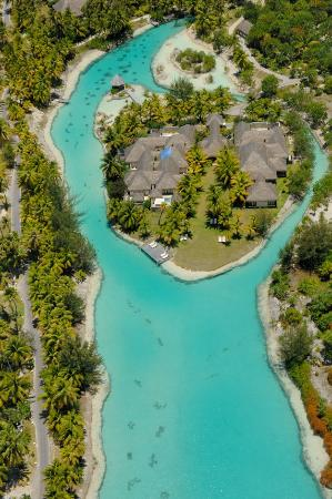 The St. Regis Bora Bora Resort: Spa Miri Miri by Clarins in Lagoonarium