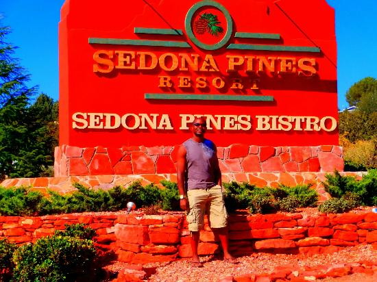 Sedona Pines Resort: Logo