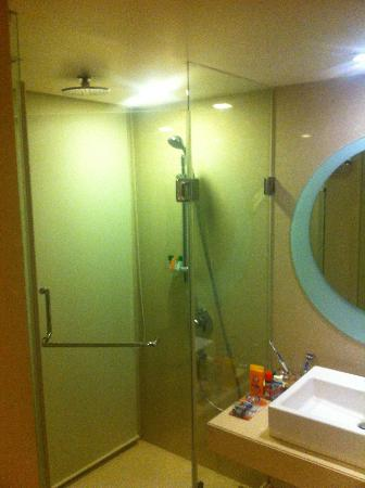 Great showers picture of the fern ahmedabad ahmedabad for Bathroom accessories in ahmedabad
