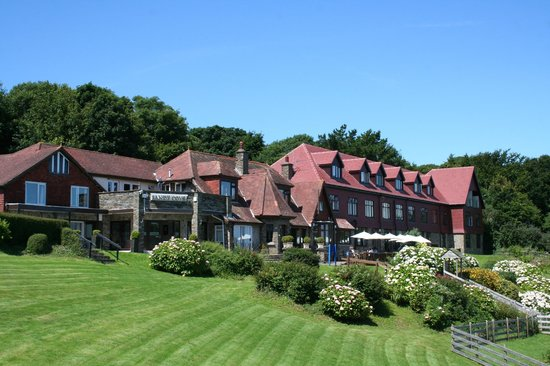 Sandy Cove Hotel