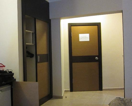 Dalyan Tezcan Hotel: Ingresso camera 117