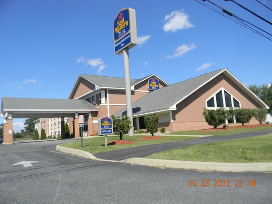 BEST WESTERN PLUS Newark/Christiana Inn: Hotel Exterior