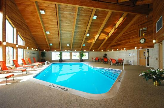 BEST WESTERN PLUS Newark/Christiana Inn: Pool Area
