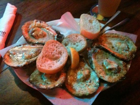 Acme Oyster House: grilled oysters