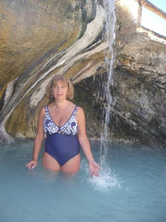"Hot Sulphur Springs, Kolorado: I called this the ""Cave Pool"""