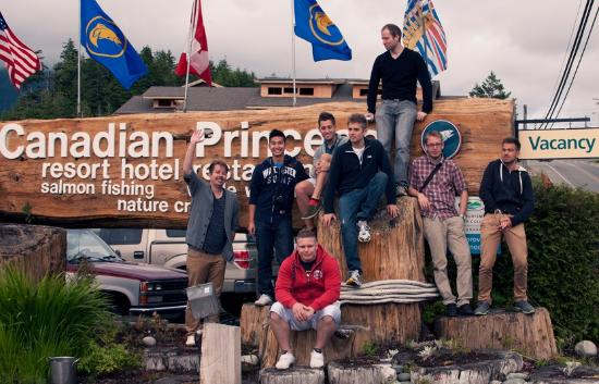 Canadian Princess Fishing Lodge & Marine Adventures: The whole gang outside the resort