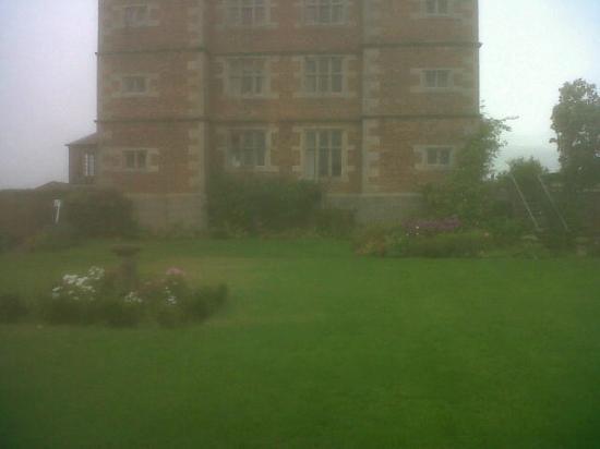 Soulton Hall: Grand building on country grounds!