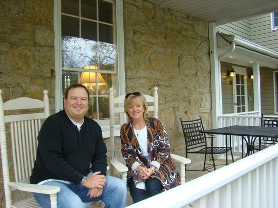 Hedgesville, WV: Front porch of Cider Mill B&B