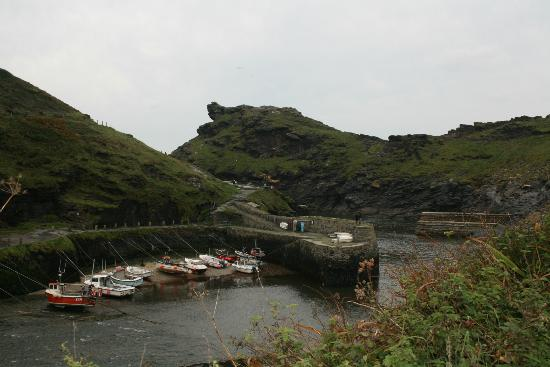 The Old Rectory St. Juliot: Boscastle Harbour