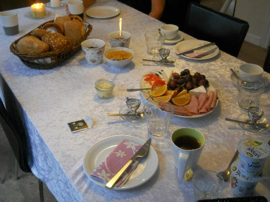 Bed & Breakfast Roskilde C: Breakfast was very delicious!!