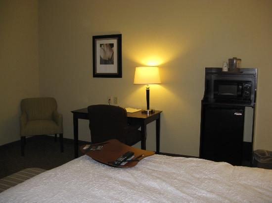 Hampton Inn Crossville: Crossville Hampton Inn King Room
