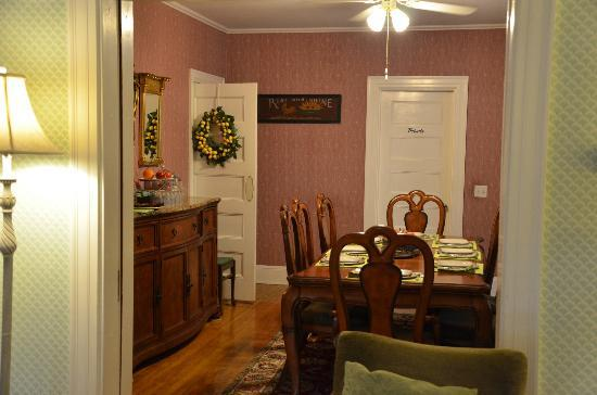 Canterbury Cottage: From living room into dining room