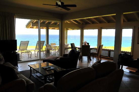 The Kapalua Villas: downstairs