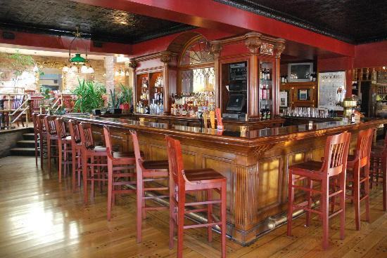 Alfa Bar And Dining Room Syracuse Parlor Picture Of Phoebe S Restaurant