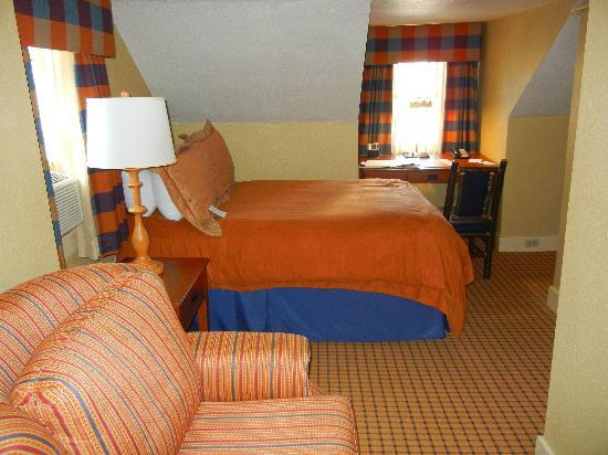"The Wolfeboro Inn: ""Older"" room"