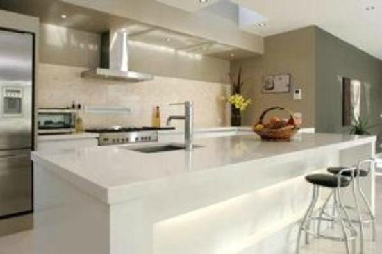 White On Haven: Kitchen