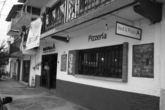 Photo of Bed & Pizza- youth hostel Puerto Vallarta