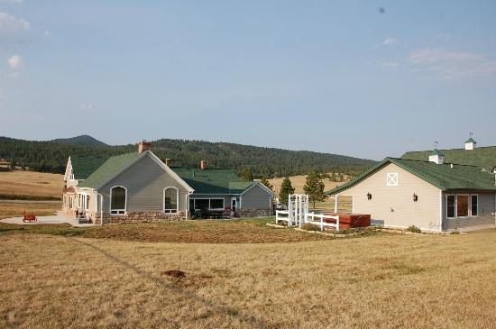 ‪High Prairie Lodge‬