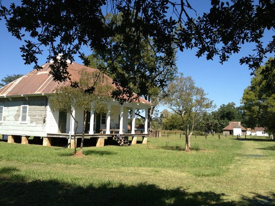 Cane River Creole National Historical Park: Overseers house