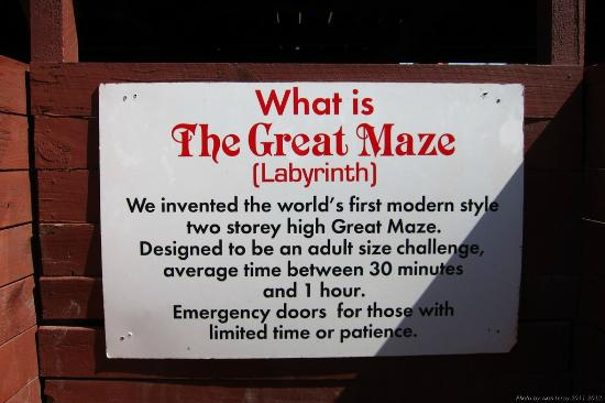 Stuart Landsborough&#39;s Puzzling World: The Great Maze
