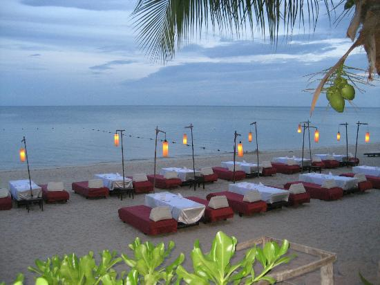 Thai House Beach Resort: Beach / Restaurant