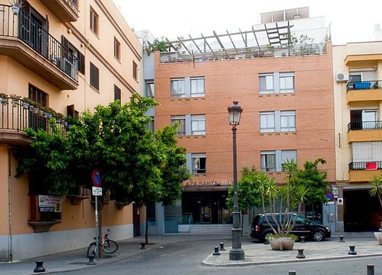 Photo of Hotel Plaza Santa Lucia Seville