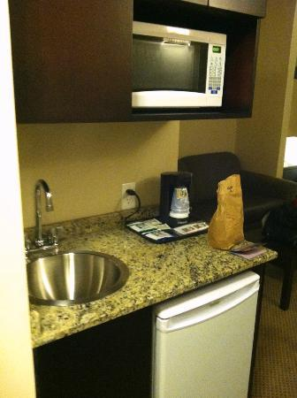 Holiday Inn Express Hotel & Suites Jacksonville - Mayport / Beach: King Suite